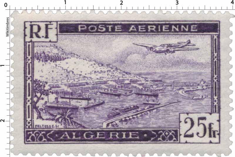 Algérie - Avion survolant la rade d'Alger