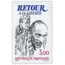 1985 RETOUR À LA LIBERTÉ