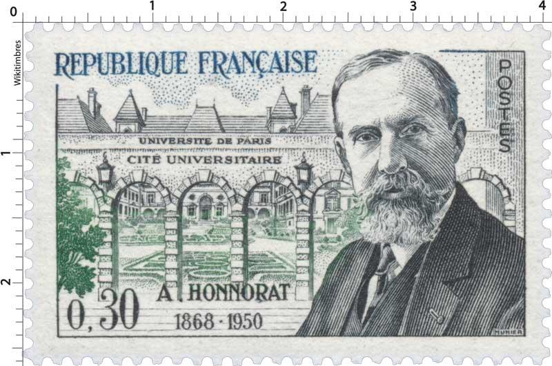 UNIVERSITÉ DE PARIS CITÉ UNIVERSITAIRE A. HONNORAT 1868-1950