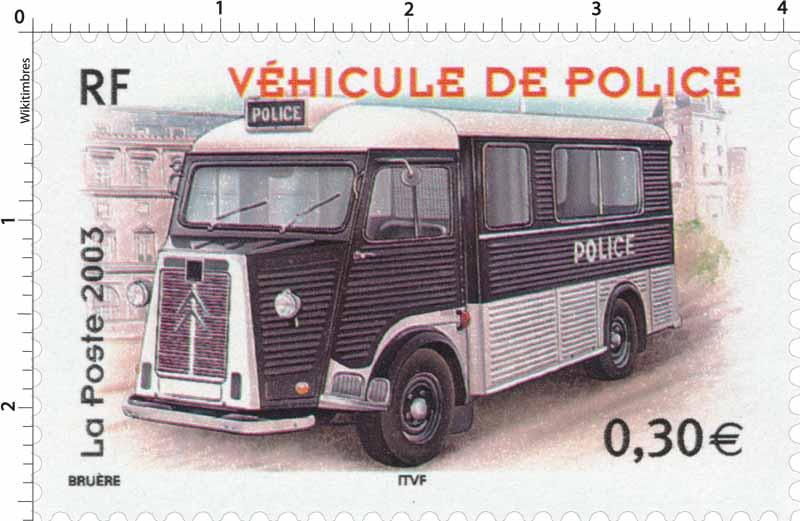 2003 VÉHICULE DE POLICE
